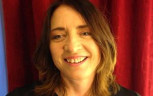 Eva Sharp, kursholder på sminkekurs