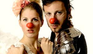 Katja Linberg og Frode Eggen som de to elskende...klovner.