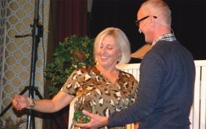 En totalt overrasket Helen tok prisen!