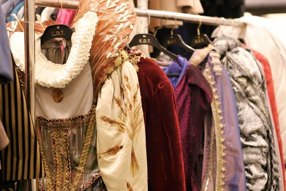 Kostymeutsalg på Dramaten i Stockholm!